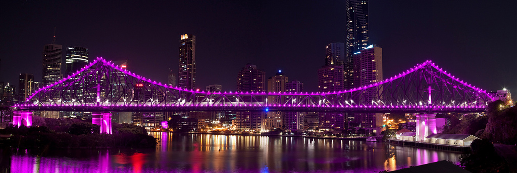 Brisbane in Queensland turned it on with this gorgeous light display on Story Bridge, lit magenta for DonateLife and organ donation awareness.