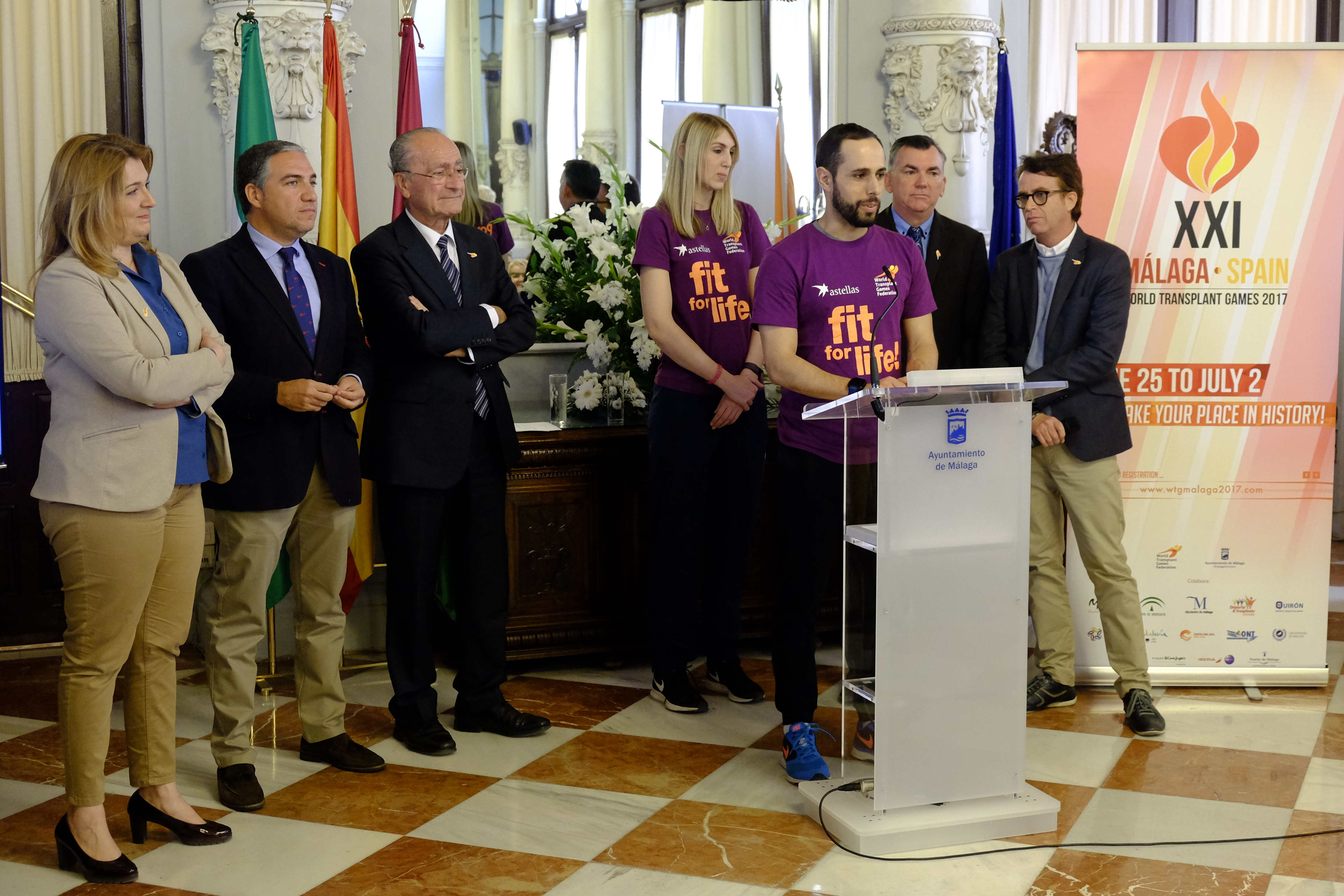 Fit for Life Ambassadors Emma Hilton and Luis Francisco Sanz Diaz with Málaga and WTGF officials